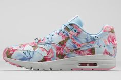 NIKE AIR MAX 1 ULTRA WMNS CITY COLLECTION | Sneaker Freaker