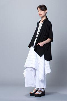Higashi Top in White Napoli