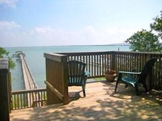 Rockport House Rental: Private Waterfront Property On Copano Bay in Rockport, TX - 2 Acres Of Oak Trees, Fishing Pier | HomeAway - $170/night