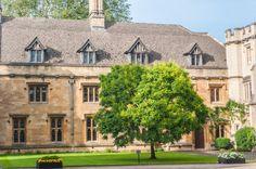 Cambridge University, College, Bar, Mansions, House Styles, Home Decor, University, Decoration Home, Manor Houses