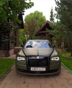 Stunning Rolls Royce Ghost ✨