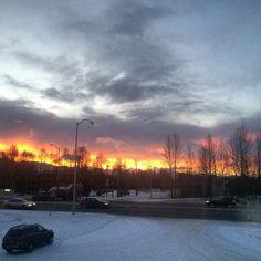Beautiful 10am sunrise.. #thisdoesnojustice #theskyisonfire #sunrise #10am #anchorage #alaska by missryah