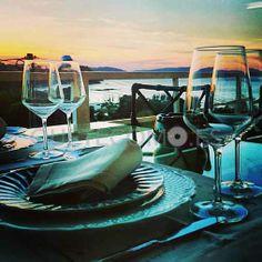 Disfrutando de las vistas al mar en el restaurante cafetería A Cabana en Bergondo, A Coruña