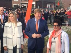 On April 21, 2017, King Willem-Alexander and Queen Maxima of The Netherlands launch the nationwide King Games (Koningsspelen) at the Vijfmaster School in Veghel. The Koningsspelen (Kingsgames) is a nationwide sport day for schools. Queen Maxima wore Zara Stripe Duster Long Coat