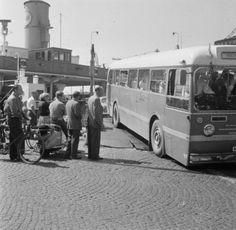 Færge og bus med Betula i Helsingør. 1956