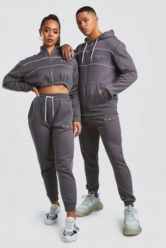 Hers funnel zip & jogger tracksuit set boohoo Matching Couple Outfits, Cute Teen Outfits, Matching Couples, Cute Couples, Fall Outfits, Fashion Outfits, Women's Fashion, Tracksuit Set, Fitness Photoshoot