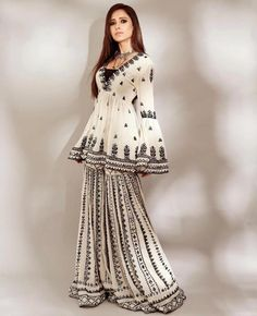 Pakistani Outfits, Indian Outfits, Bollywood Outfits, Indian Dresses, Indian Designer Outfits, Designer Dresses, Designer Wear, Sharara Suit, Salwar Suits