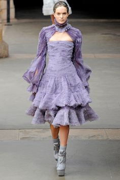 Fall 2011 Ready-to-Wear Alexander McQueen #PurelyInspiration