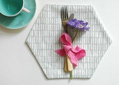 How to Make Your Own Hexagonal Placemats - AO Life Draught Excluder Diy, Draft Excluder, Make Your Own, Make It Yourself, How To Make, Pretty Pegs, Sewing Crafts, Diy Crafts, Sewing Ideas