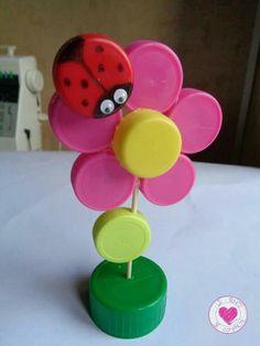 spring crafts Source by Kerlutabsc Preschool Crafts, Kids Crafts, Easy Crafts, Diy And Crafts, Arts And Crafts, Craft Kids, Plastic Bottle Caps, Bottle Cap Art, Projects For Kids