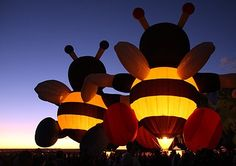 The ' Glowdeo' requires that the balloons light up on the announcer's signal, so one gets a mixture of lit and un-lit balloons. Description from travelimages.com. I searched for this on bing.com/images