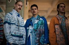 Youth and pop culture provocateurs since Fearless fashion, music, art, film, politics and ideas from today's bleeding edge. Declaration Of Independence, Pop Culture, Kimono Top, Sari, Menswear, Mens Fashion, Shirt Dress, Backstage, Mens Tops