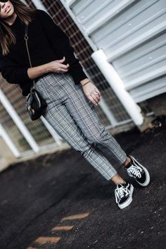 inspirationen herbst 43 Winter Pants Ideas To Inspire You - VIs-Wed Winter Outfits Women, Fall Outfits, Casual Outfits, Blazer Fashion, Fashion Outfits, Plaid Fashion, Fashion Tips, Looks Street Style, Older Women Fashion