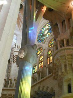 Sagrada innen Barcelona, Barcelona Spain