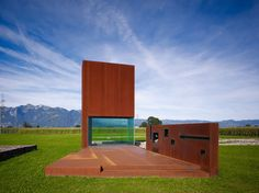 Roman Villa / Marte.Marte Architekten • Architects: Marte.Marte Architekten • Location: 6830 Brederis, Austria • Architects In Charge: Bernhard Marte, Stefan Marte • Area: 42.0 sqm • Year: 2008 • Photographs: Marc Lins • source: http://www.archdaily.com/540837/roman-villa-marte-marte-architekten/