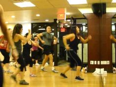 THIS IS THE BEST ZUMBA DANCE EVERRR! TRUST ME TRY IT. THIS GIRL IS AMAZING>Roxy Fitness - DANCE AGAIN JLo/Pitbull