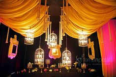 #WeddingChandeliersDecorations #FNPWeddings