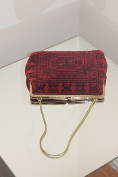 MINI CARPET CLUTCH OBJECTONOBJECT.COM