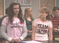 Taylor Lautner in Twilight SNL skit   (click link to watch) LOL!!!!!! Just might be one if my favorite snl skits ever