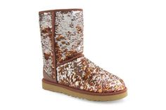 UGG Australia Classic Short Sparkles in Autumn. Does this boot not look like glittering fall leaves?! Gorgeous.