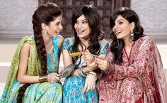 Eid Makeup for Day and Night Pakistani Designer Clothes, Pakistani Designers, Eid Makeup, Party Makeup, Eid Henna, Asian Bridal Makeup, Sari, Stylish, Wedding Dresses