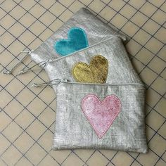 Heart appliqued oilcloth coin purse in 3 colors / coin purse /