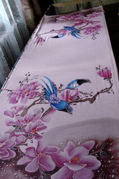 Одноклассники Saree Painting Designs, Fabric Paint Designs, Painted Hats, Painted Clothes, Painted Silk, Dress Painting, Fabric Painting, Fabric Paint Shirt, Hand Painted Sarees