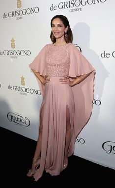 http://forums.thefashionspot.com/f50/68th-annual-cannes-film-festival-265937-17.html