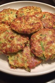 Side Dish Recipes, Vegetable Side Dishes, Vegetable Recipes, Vegetarian Recipes, Cooking Recipes, Healthy Recipes, Zucchini Patties, My Favorite Food, Favorite Recipes