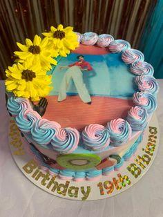 Brithday Cake, Pretty Birthday Cakes, Cute Birthday Cakes, Pretty Cakes, Cute Cakes, Harry Styles Birthday, Harry Birthday, 14th Birthday, One Direction Cakes