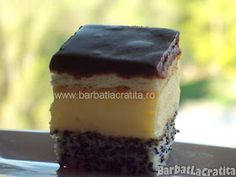 Prajitura cu mac Tosca Dessert Drinks, Dessert Recipes, Desserts, Biscuit, Avocado, Food And Drink, Mac, Yummy Food, Sweets