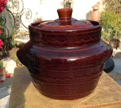 Vintage   Marcrest Daisy dot ovenware   bean pot Western Stoneware ill. by LADYG99 on Etsy