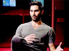 christmas lights — Tyler Hoechlin on the After After Show