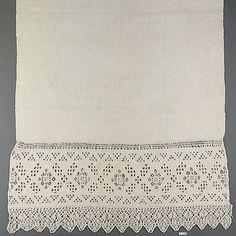 Towel 16th century bobbin lace.