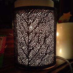 Scentsy Silhouette Warmer, Glow Core with Linden Wrap