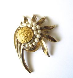 Vintage USMA cadet uniform button brooch
