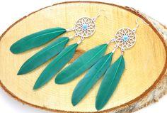 Dreamcatcher earrings,bohemian earrings,boho chic earrings,feather earrings ,boho earrings,gypsy earrings,bohemian jewelry door HipLikeMe op Etsy https://www.etsy.com/nl/listing/258134389/dreamcatcher-earringsbohemian