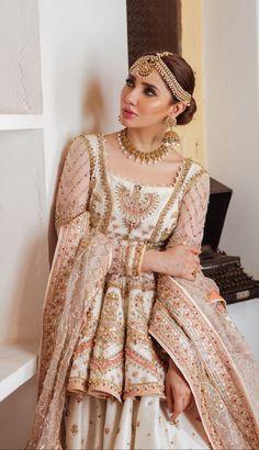 Pakistani Wedding Outfits, Pakistani Bridal Dresses, Pakistani Wedding Dresses, Pakistani Dress Design, Bridal Outfits, Indian Dresses, Indian Outfits, Pakistani Gharara, Ethnic Outfits