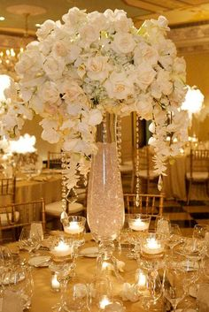 Amazing Wedding Centerpieces With Flowers ❤️ See more: http://www.weddingforward.com/wedding-centerpieces/ #weddings