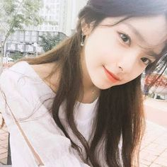 Images and videos of ulzzang girl Mode Ulzzang, Korean Ulzzang, Uzzlang Girl, Cute Korean Girl, Asian Girl, Ulzzang Fashion, Korean Fashion, Korean Beauty, Asian Beauty