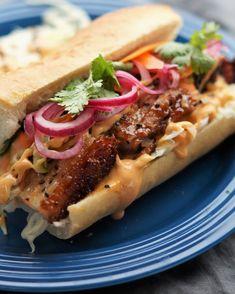 Boeuf Bourguignon til mange Garlic Naan, Frisk, Tzatziki, Pizza, Kimchi, Cheesesteak, Pulled Pork, Hot Dog Buns, Sandwiches