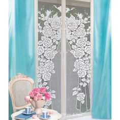 18 balls white cordonetto cotton nr 16 and scheme on squared paper to realize two panel curtains with crochet filet roses. Crochet Books, Crochet Home, Filet Crochet, Crochet Curtains, Household Items, Doilies, Embroidery, Stitch, Blanket