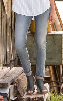 MARILYN SOULMATE JEANS BY DRIFTWOOD