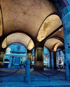 Piazza Mercanti #milanodavedere #milanocity #milano #milano_forever #milanostupenda #photography #photo #piazzaduomo #milanocityufficiale #volgolombardia #volgoitalia #volgomilano #ig_photooftheday #igersitalia #ig_milano #loves_milano #italyinapost by simy.re