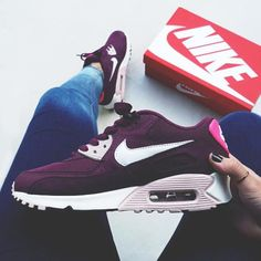 Sneakers women - Nike Air Max 90 (©onfeet__)