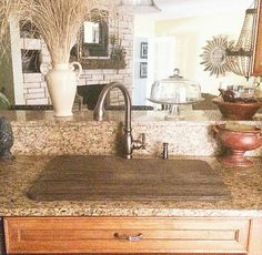 Sink cover for extra counter space Kitchen Dinning Room, Kitchen Decor, Kitchen Ideas, Floor Vase Decor, Forest Cottage, Sink Cover, Welcome To My House, Home Bedroom, Home Kitchens