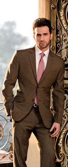Men's Suit & Tie / More suits, #menstyle, style and fashion for men @ www.zeusfactor.com