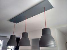 IKEA hack; Hektar lampen in hoogte verstelbaar.