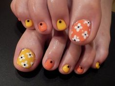 Hot and yummy Pretty Toe Nails, Sexy Nails, Cute Nails, Toe Designs, Diy Nail Designs, Pedicure Nail Art, Toe Nail Art, Painted Toe Nails, Cute Pedicures