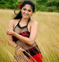 Tamil Film Actress Anushka shetty Cute And Hot Looking Images, Anushka shetty Cute Pictures From All Movies View All Latest Photos Of Anushka shetty Bollywood Actress Hot Photos, Bollywood Actors, Actress Photos, Bollywood Girls, Actress Anushka, Tamil Actress, Beautiful Indian Actress, Beautiful Actresses, Beautiful Celebrities